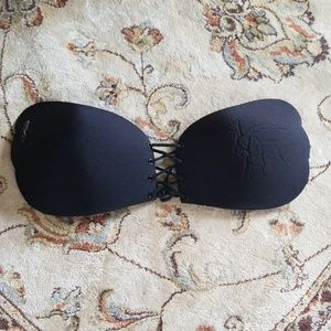 Other - 🔥Brand new strapless bra